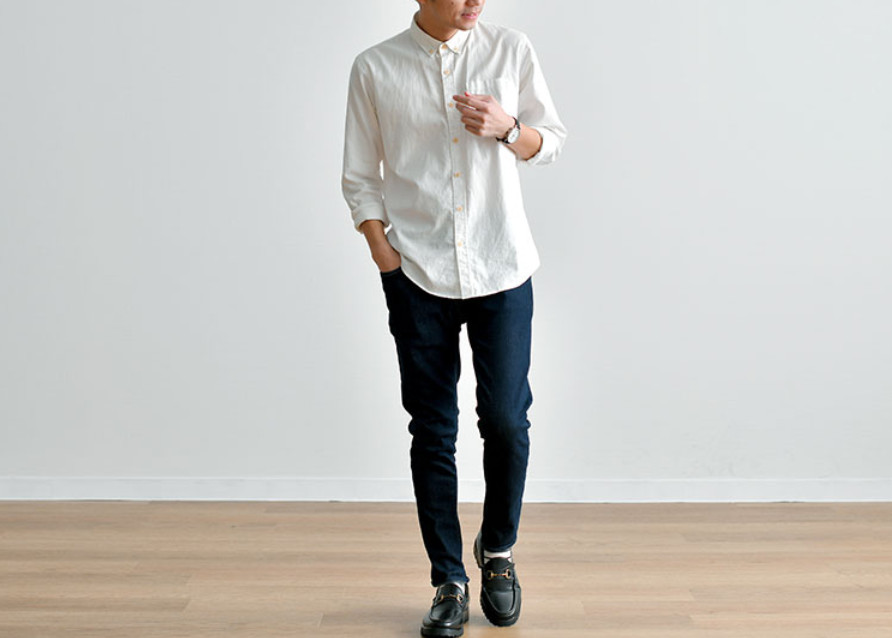 白シャツのコーディネート